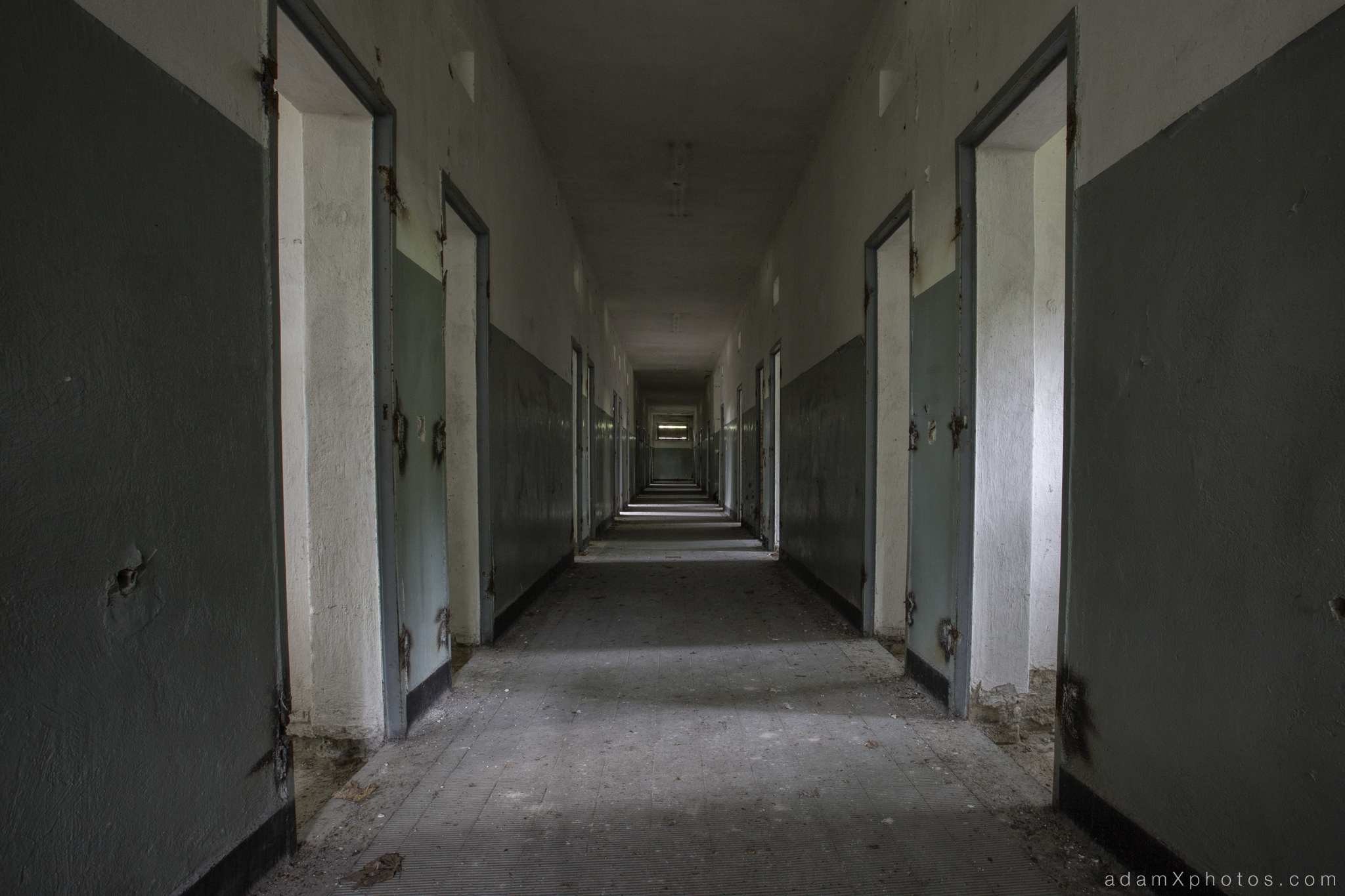 Adam X Urbex Urban Exploration Abandoned Germany Wunsdorf barracks prison corridor