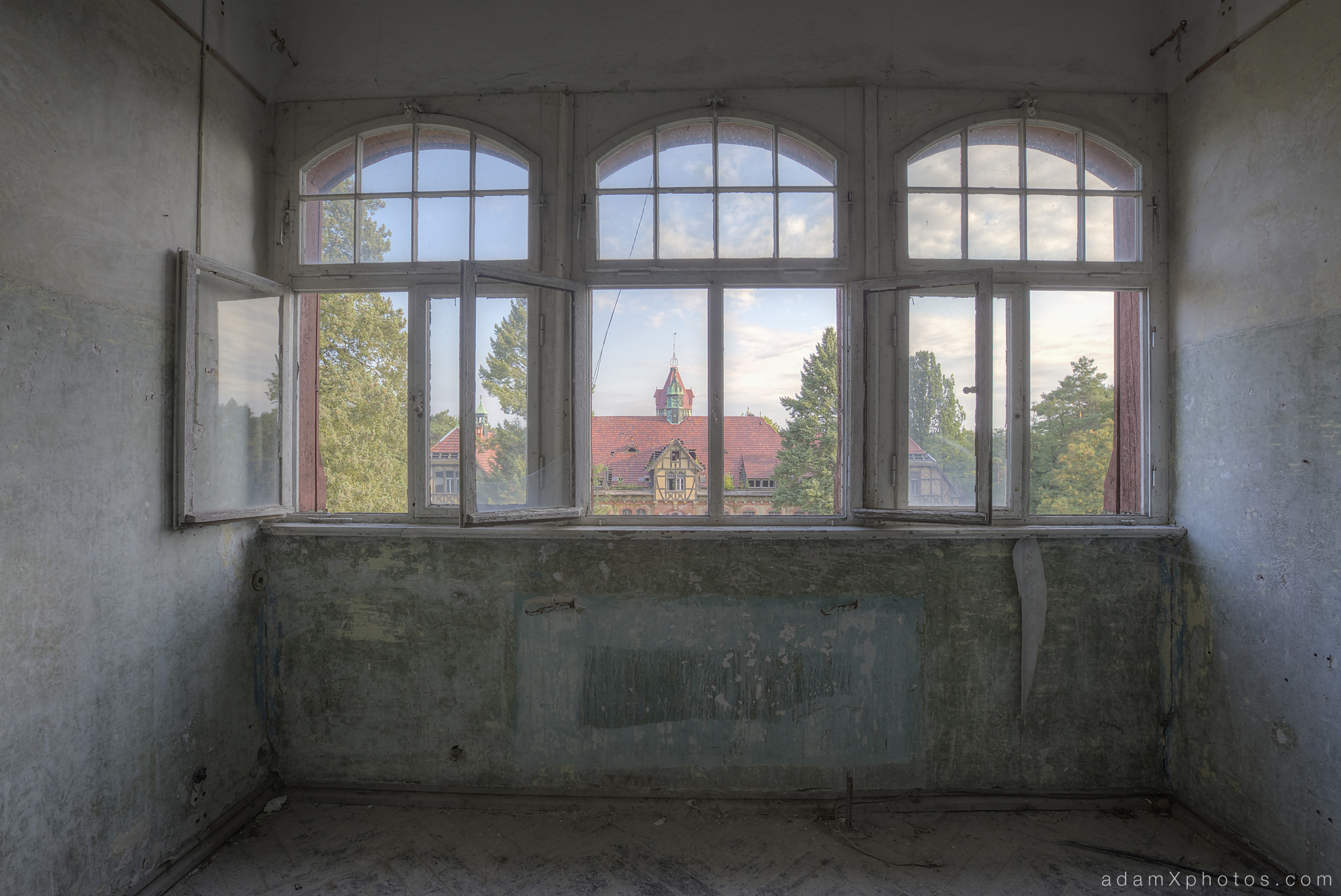 Adam X Urbex Beelitz Heilstatten Germany Urban Exploration Mens Men's Bathhouse Bath House Hospital Decay Lost Abandoned Hidden windows room paint outside external