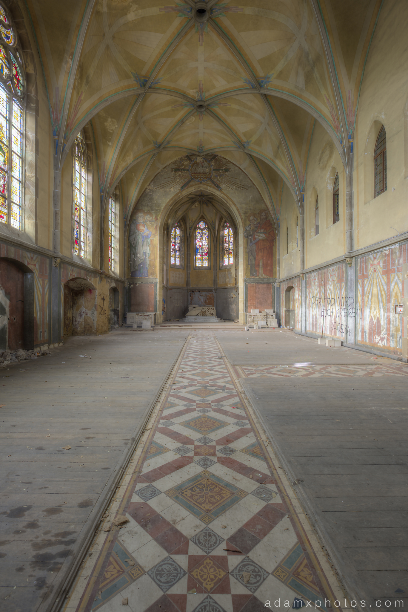 Portrait view of chapel downstairs Adam X Urbex UE Urban Exploration Germany church abandoned derelict unused empty disused decay decayed decaying grimy grime