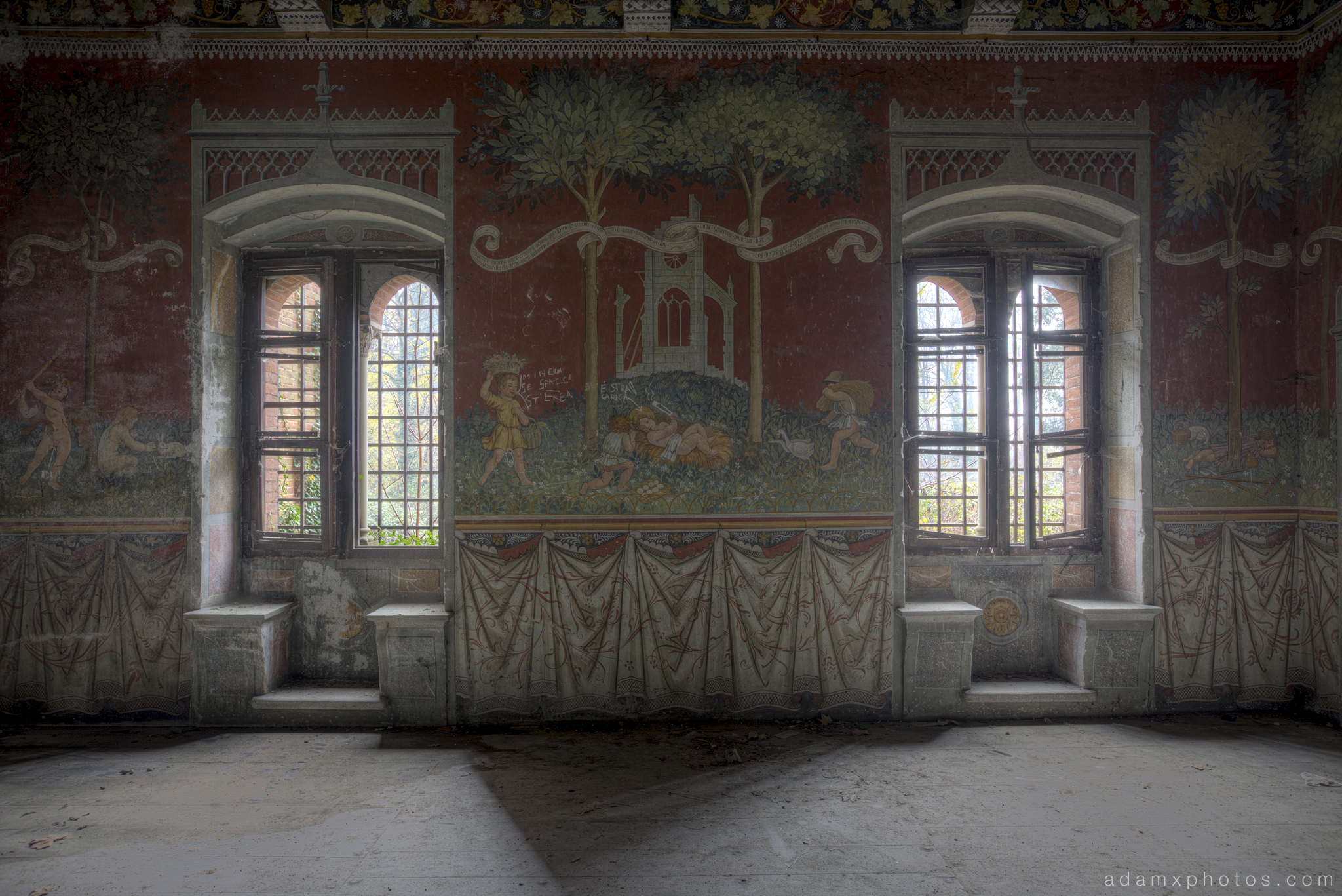 Explore 113 castello di r italy november 2014 adam x castello di r italy castle urbex adam x urban exploration dining hall painted wall mural fresco amipublicfo Image collections