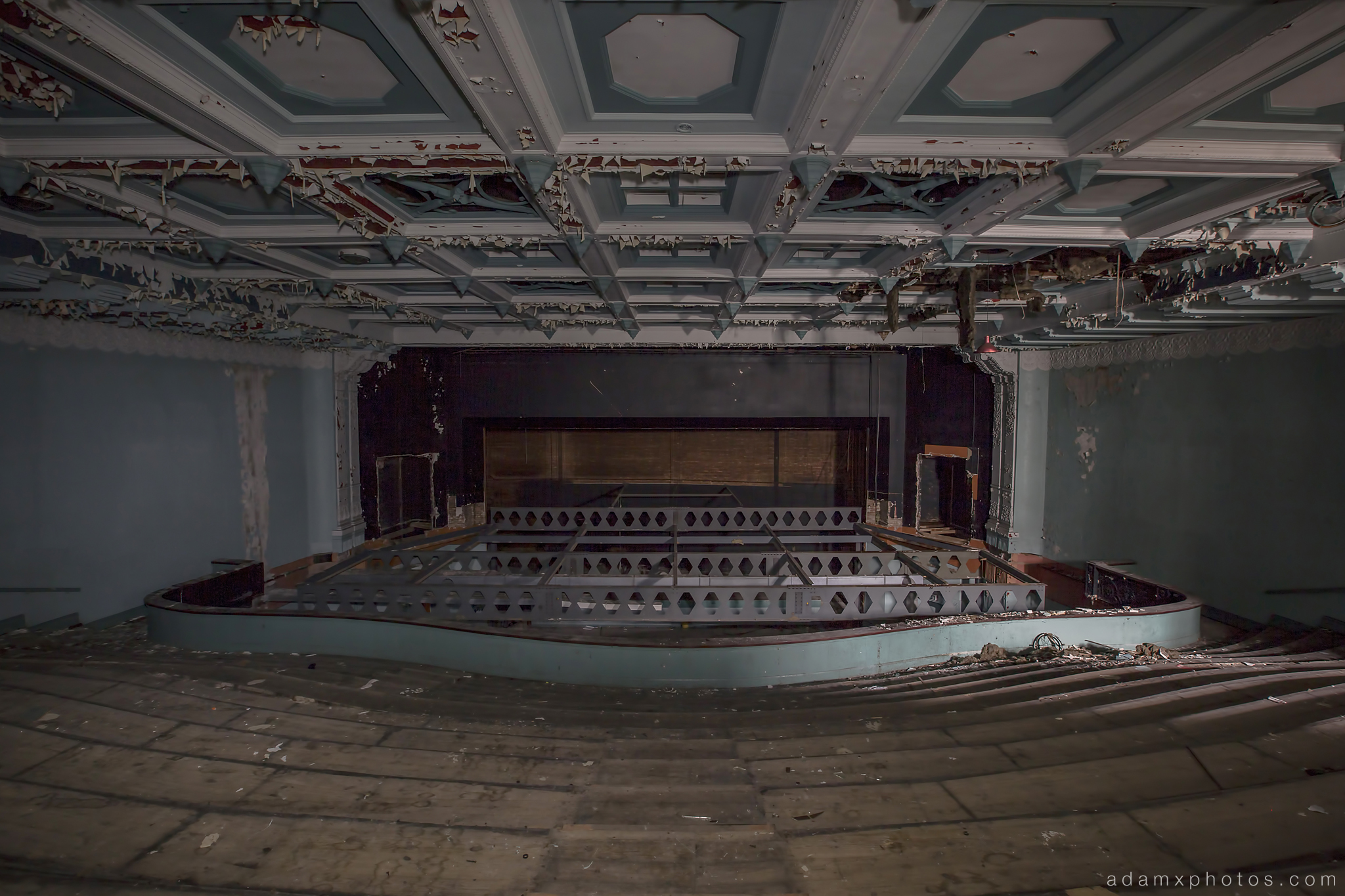 Colchester Odeon Cinema stage auditorium main hall Urbex Adam X Urban Exploration photo photos report decay detail UE abandoned derelict unused empty disused decay decayed decaying grimy grime