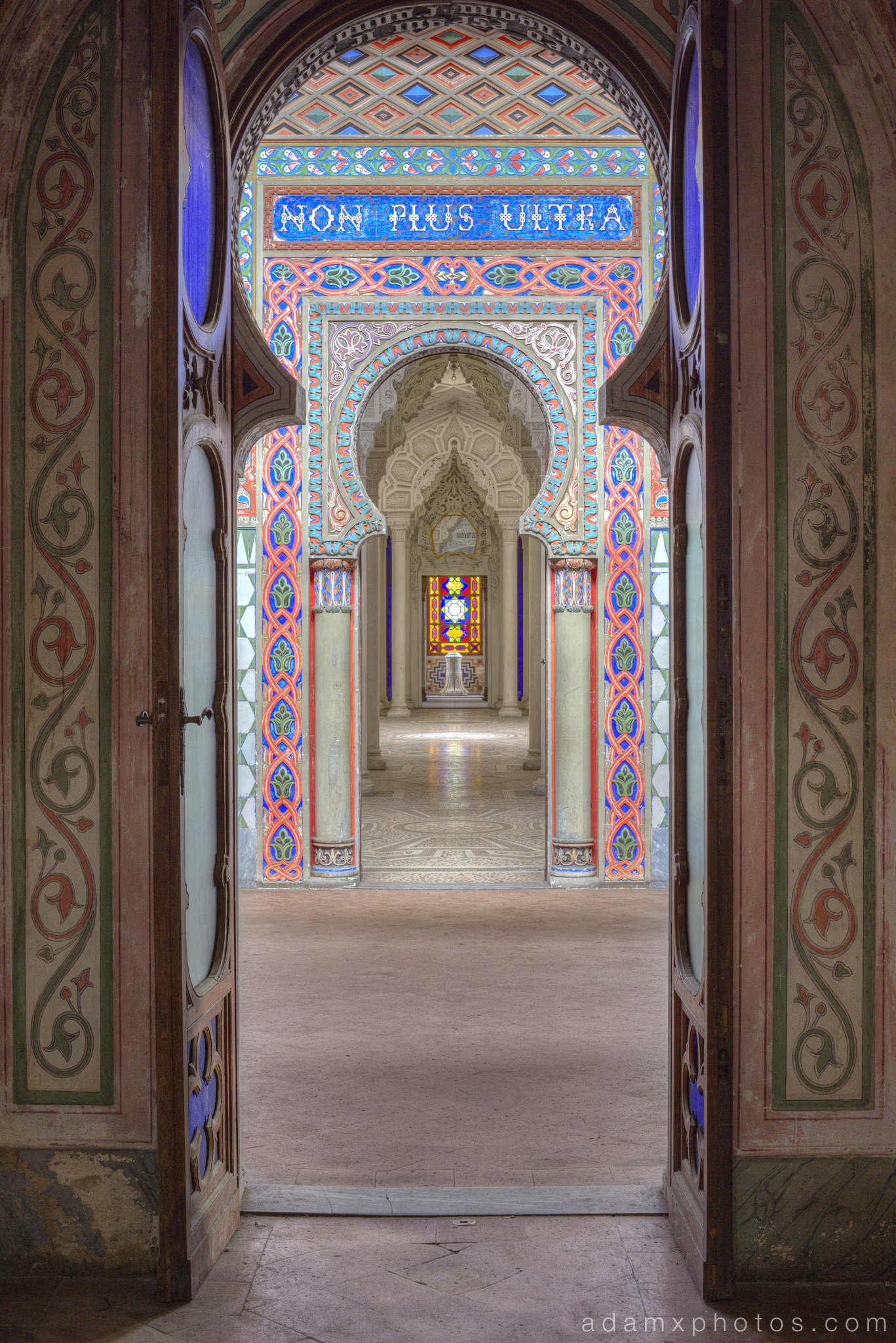 Non Plus Ultra Fairytale Castle of Sammezzano Castello di Sammezzano Urbex Adam X Urban Exploration photo photos report decay detail UE abandoned Ornate Moorish tiling tiled derelict unused empty disused decay decayed decaying grimy grime