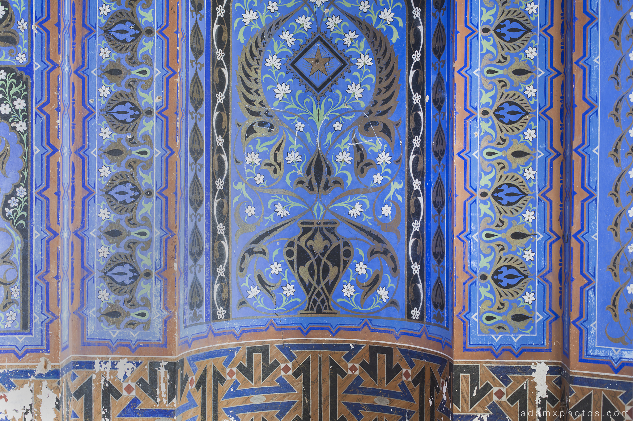Blue detail The Lovers Room Non Plus Ultra Fairytale Castle of Sammezzano Castello di Sammezzano Urbex Adam X Urban Exploration photo photos report decay detail UE abandoned Ornate Moorish tiling tiled derelict unused empty disused decay decayed decaying grimy grime