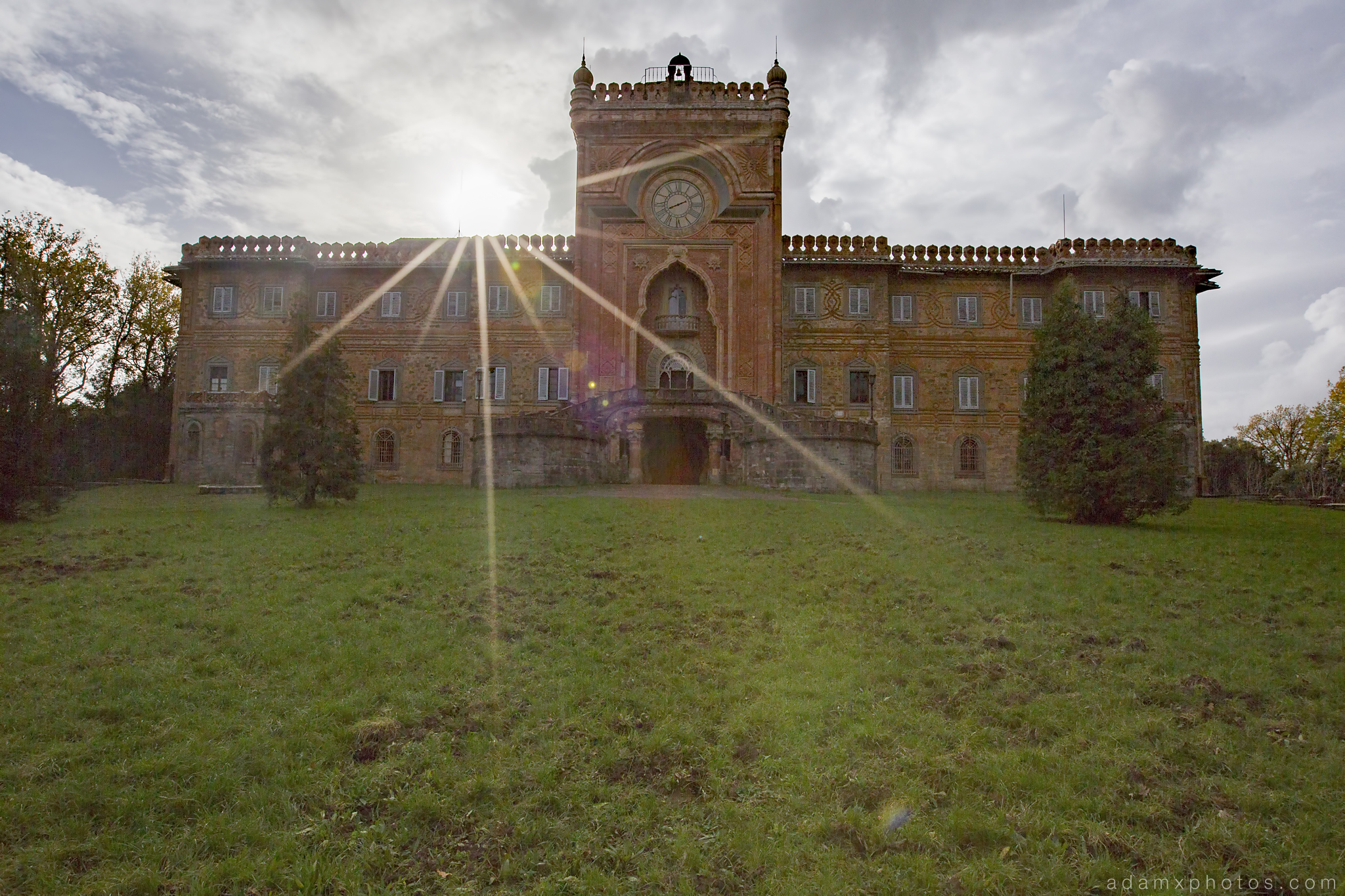Exterior facade front lawn sunburst Non Plus Ultra Fairytale Castle of Sammezzano Castello di Sammezzano Urbex Adam X Urban Exploration photo photos report decay detail UE abandoned Ornate Moorish tiling tiled derelict unused empty disused decay decayed decaying grimy grime