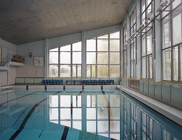 October_1996-Swimming_Pool